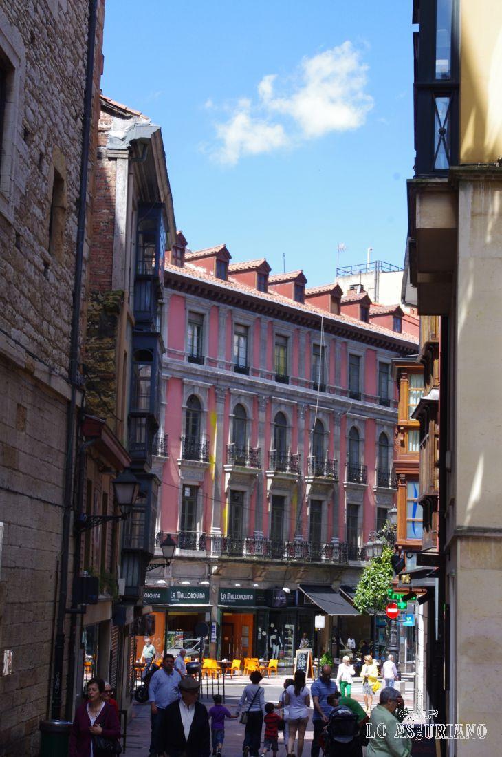 El centro de Oviedo es muy coqueto.