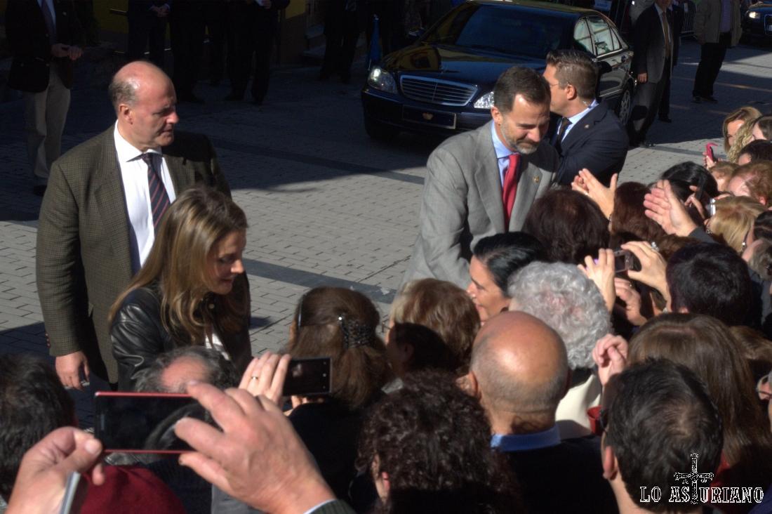 Los Príncipes de Asturias en San Martín de Teverga el día del Pueblo Ejemplar de Asturias 2013.