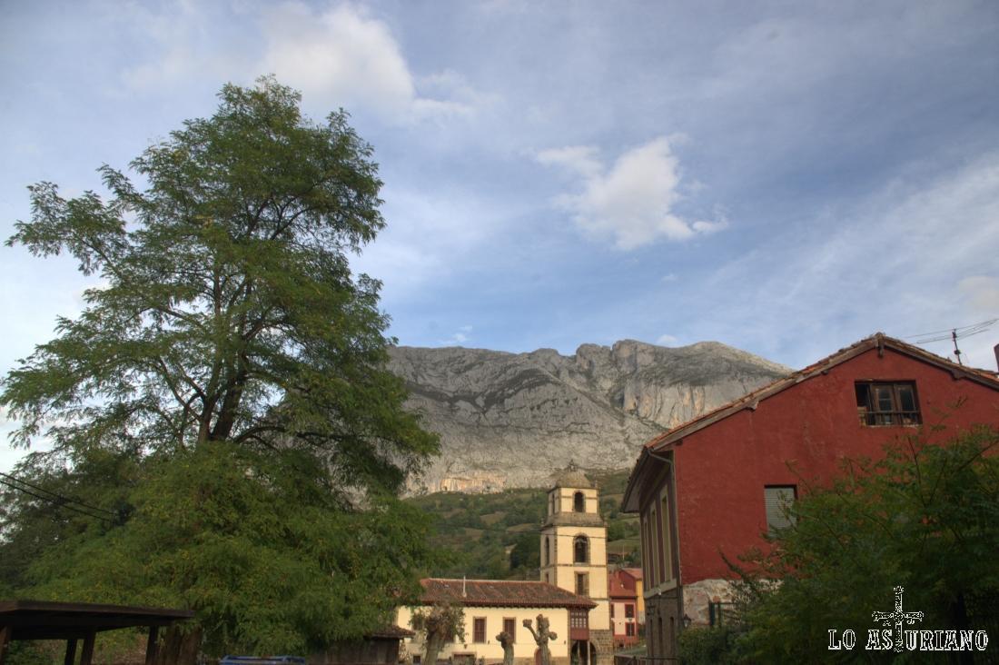 La Plaza, barrio anexo a San Martin de Teverga.
