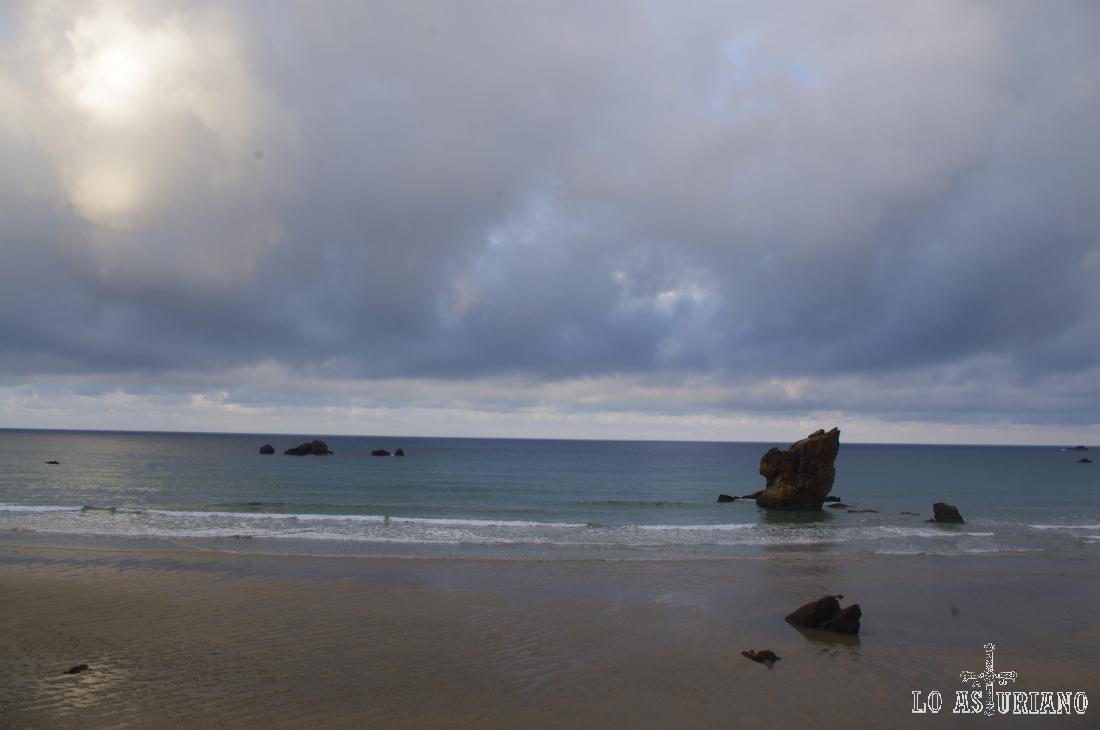 Mágico paisaje en la playa de Aguilar.