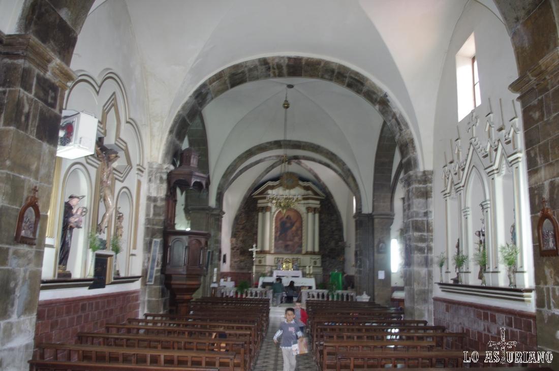 Iglesia de Santa María de Muros