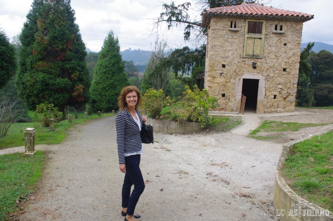 Agradable paseo por el Palacio de la Bouza.