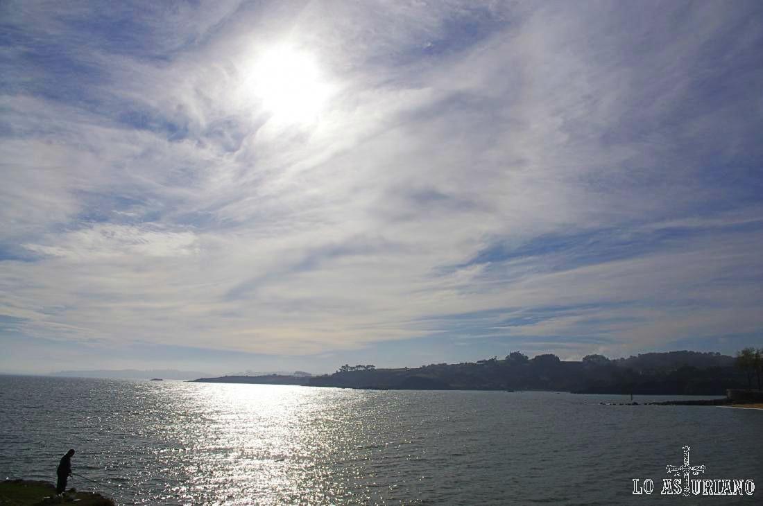 Precioso cielo en Luanco, concejo de Gozón.