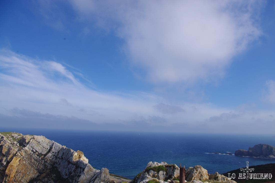 Peñas y rocas en el Cabo de Peñas.