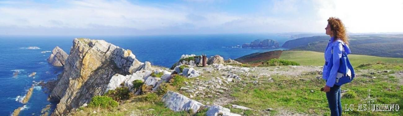 Panorámica sobre el Cabo de Peñas.