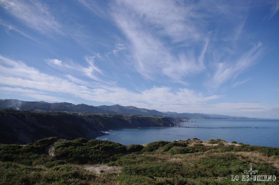 Preciosas vistas desde los acantilados de Vidio.