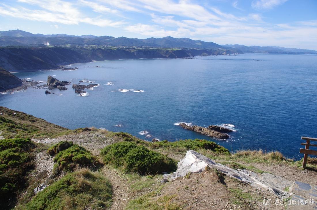 Preciosos paisajes desde el alto del Cabo de Vidio, en el extremo más occidental de Cudillero.