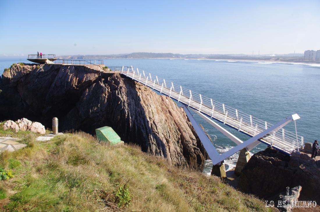 Puente de la Gaviota y mirador de la Peñona.