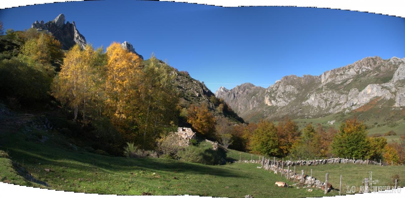 Panorámica del precioso Valle del Lago, que está culminado por el mayor lago de la Cordillera Cantábrica.