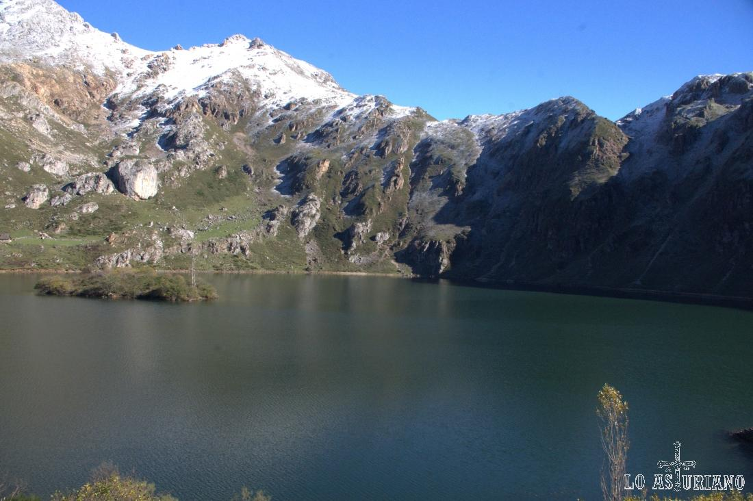 El lago del Valle en noviembre.