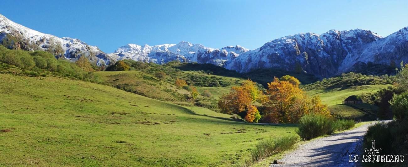 Peña Orniz y la sierra de las Morteras