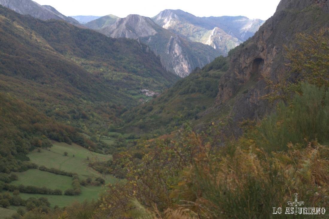 Valle del río Sousas.