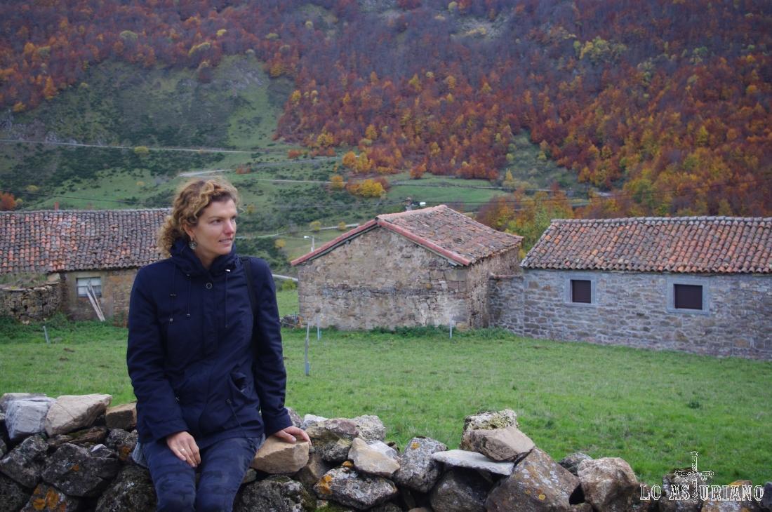 La Peral es un pueblo vaqueiro somedano, que está en el entorno del Puerto de Somiedo.