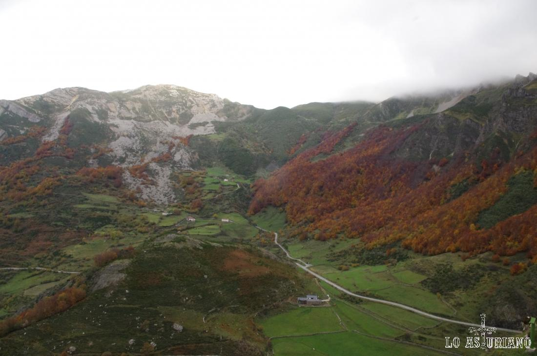 La Llamardal y la sierra de Peñalba.