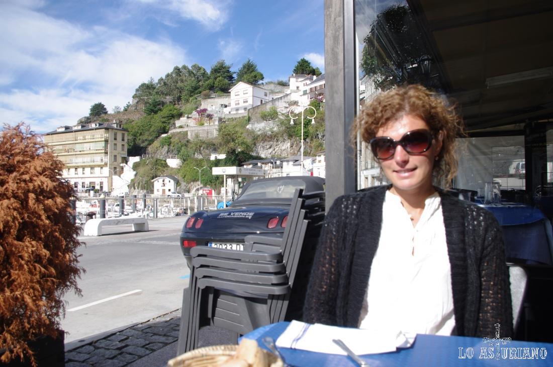 Terraza del restaurante Bitácora de Luarca.