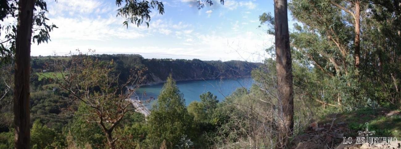 """Vista de la Concha de Artedo, desde la nacional, desde la que bajaremos, tomando el desvío hacia """"La Concha""""."""