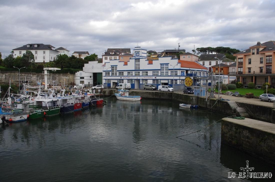 El idílico puerto costero de Puerto de Vega, en Navia.